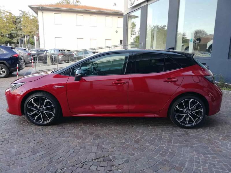 Toyota Corolla 2.0 hybrid Lounge cvt