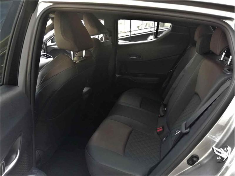 Toyota C-HR 1.8h Lounge 2wd e-cvt my18