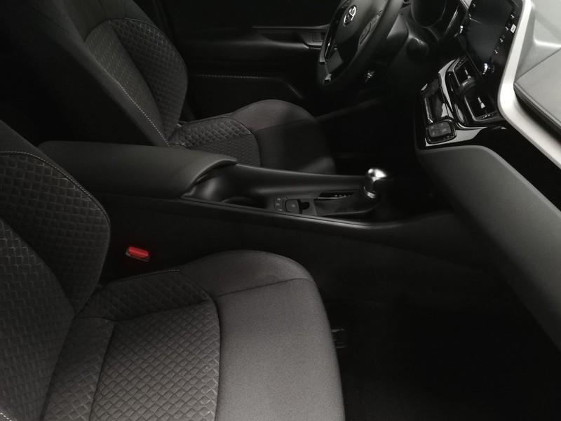 Toyota C-HR 1.8H BUSINESS MY20