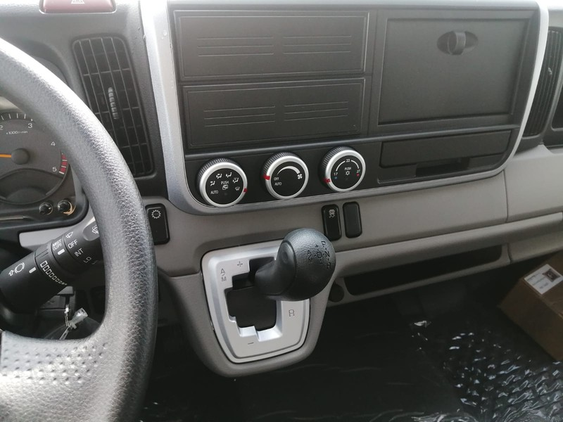 Mitsubishi Canter 3C15AMT/34 TF1 MY19 Cab Sing Com