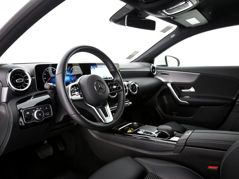 Mercedes Classe A 180 d sport auto diesel bianco