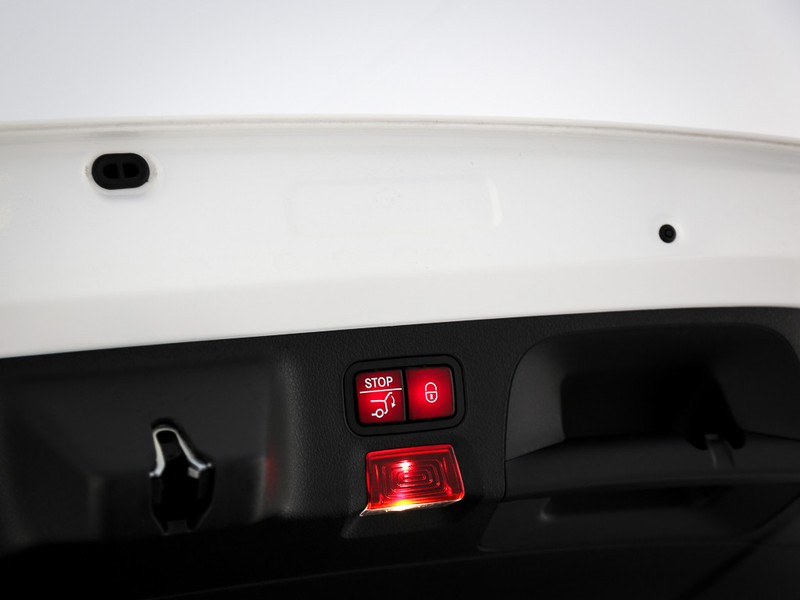 AMG CLA Shooting Brake  35 AMG 4matic auto benzina bianco