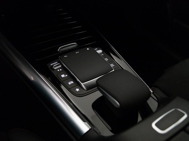 Mercedes GLA 250 eq-power Premium auto