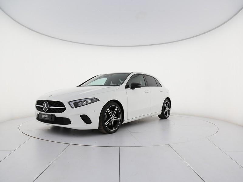 Mercedes Classe A 200 d sport auto diesel bianco