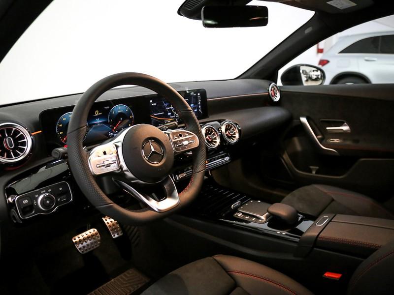 Mercedes Classe A 200 d premium auto diesel bianco