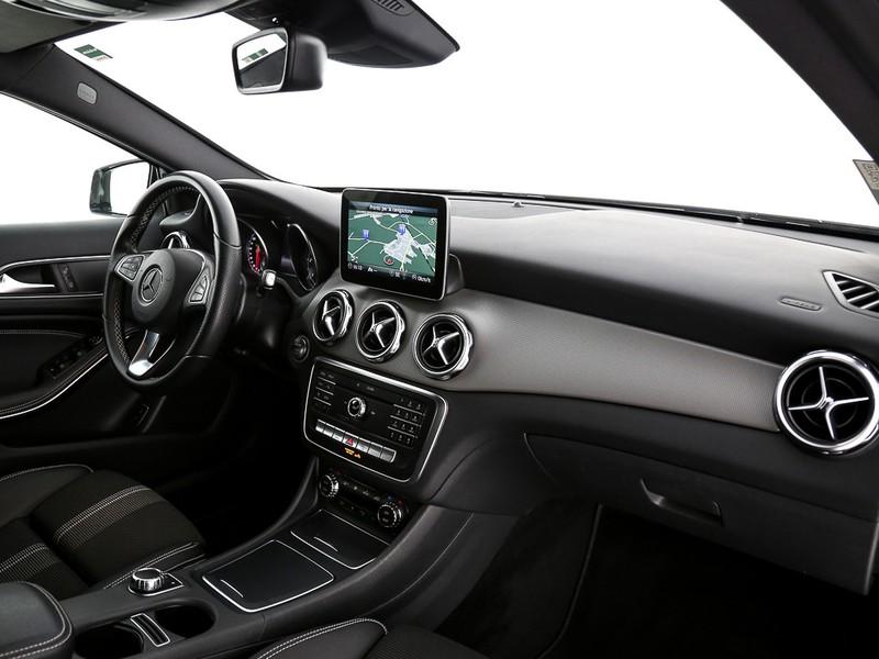Mercedes GLA 200 d sport auto diesel bianco