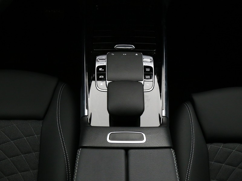 Mercedes GLB 200 sport plus auto