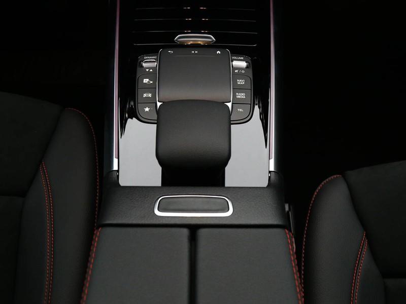 Mercedes GLA 250 eq-power premium auto ibrido bianco
