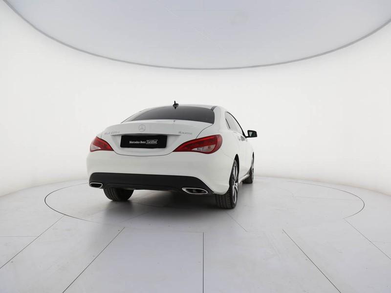 Mercedes CLA Coupè 220 d sport night 4matic 177cv auto diesel bianco