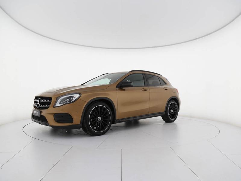 Mercedes GLA 200 d premium auto diesel oro