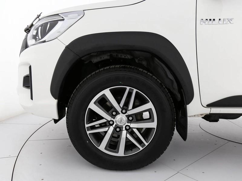 Toyota HiLux 2.4 d-4d double cab executive+ 4wd auto diesel bianco