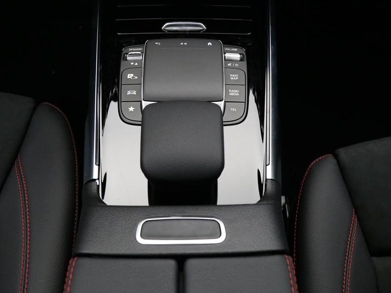 Mercedes GLB 180 d premium auto 7p.ti