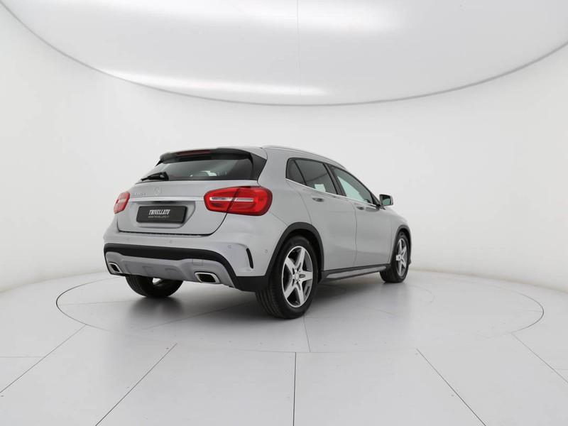 Mercedes GLA 180 d (cdi) premium diesel argento