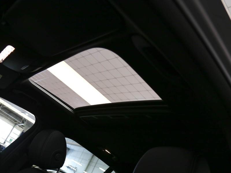 Mercedes EQC 400 electric tech edition 4matic elettrica nero