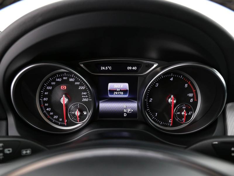 Mercedes GLA 200 d sport auto
