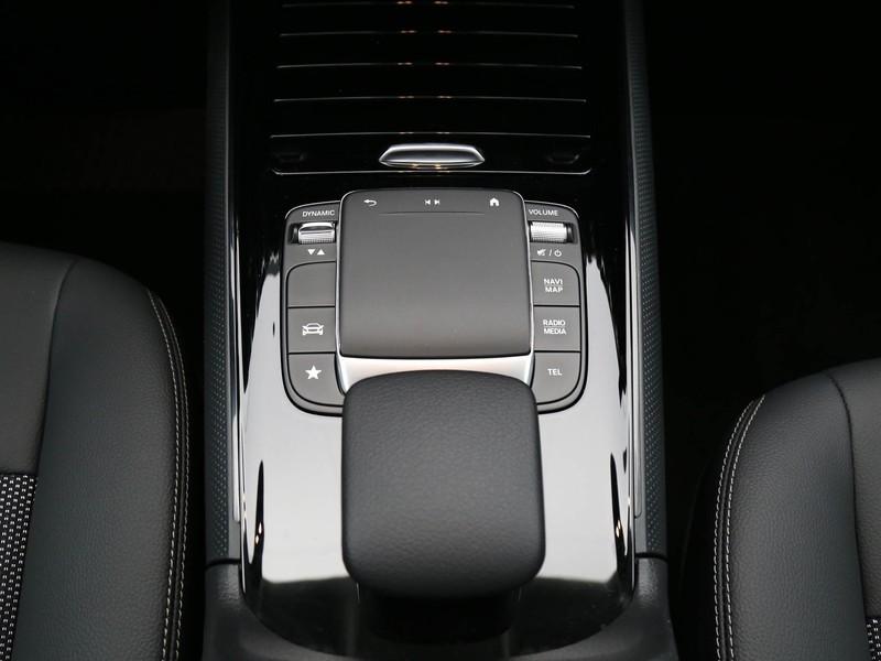Mercedes GLA 200 d business auto