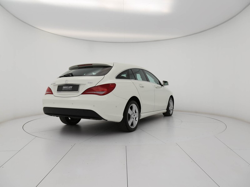 Mercedes CLA Shooting Brake  200 d (cdi) business auto