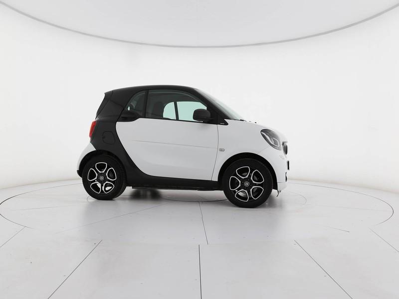 Smart Fortwo 0.9 t. passion 90cv twinamic my18 benzina bianco