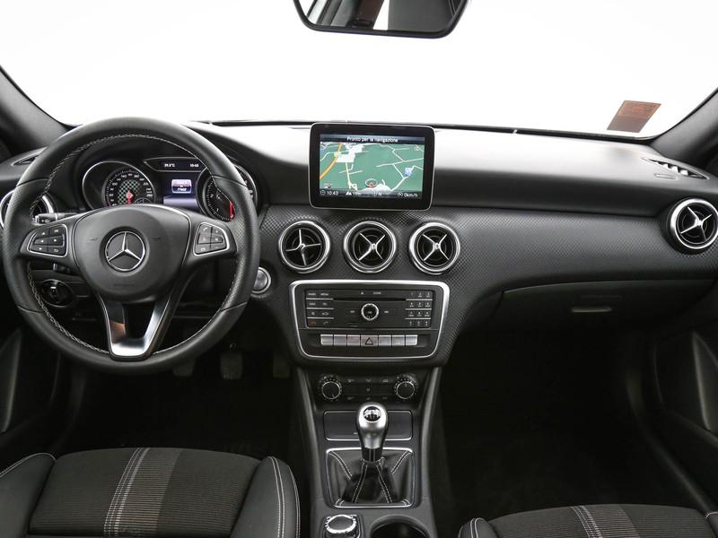 Mercedes Classe A 180 d sport my16 diesel argento