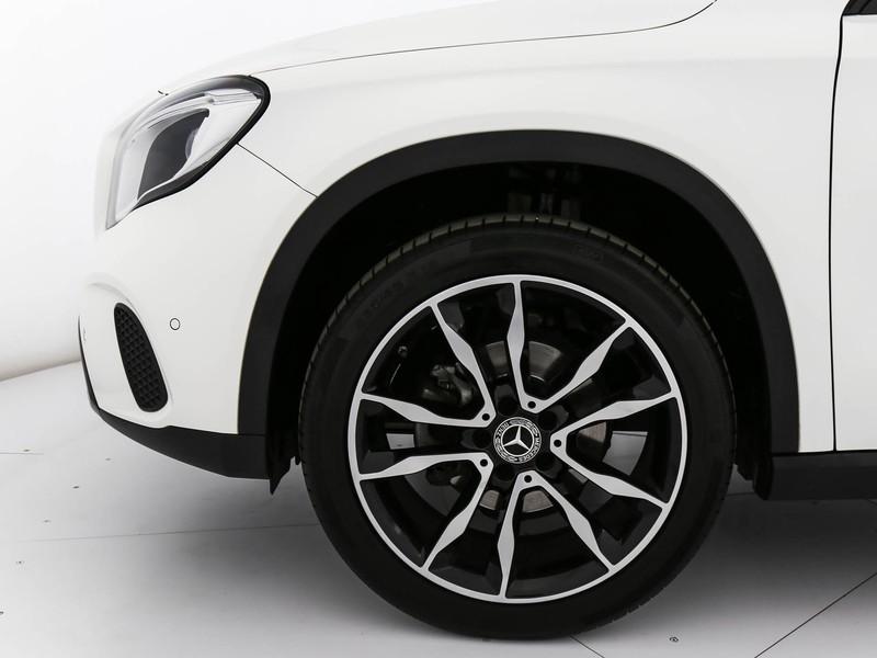 Mercedes GLA 200 d sport 4matic auto diesel bianco