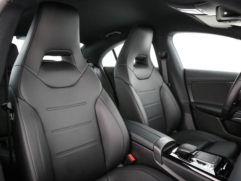 Mercedes CLA Coupè coupe 200 sport auto benzina nero