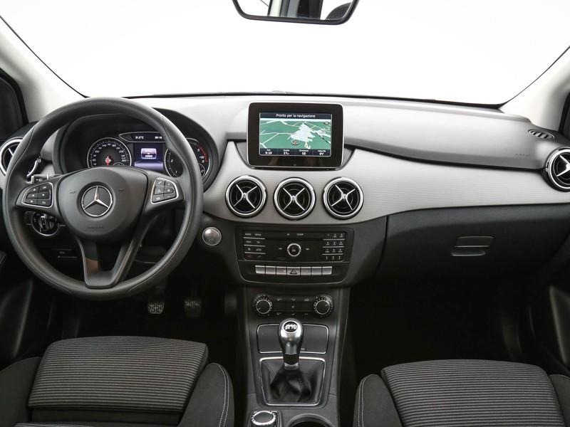 Mercedes Classe B 180 d executive next diesel bianco