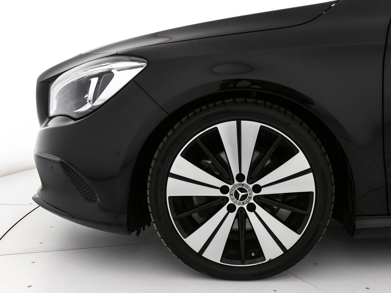 Mercedes CLA Shooting Brake  200 d sport 4matic auto fl