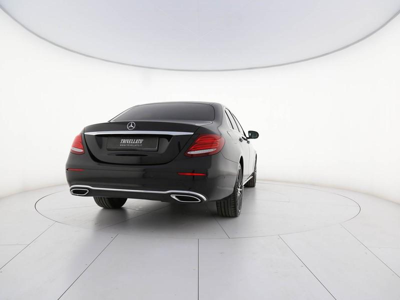 Mercedes Classe E Berlina 220 d business sport auto diesel nero