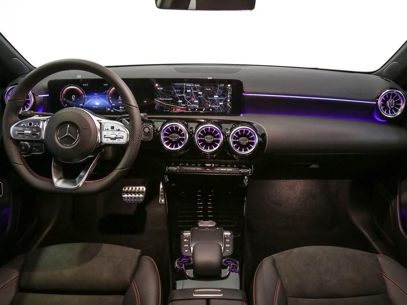 Mercedes Classe A A 250 e EQ POWER Automatic ibrido bianco