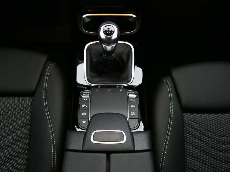 Mercedes Classe A Berlina 180 d business diesel nero